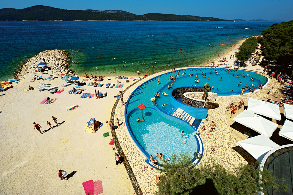 More informations about other camping in Dalmatia you can find here. ac2c1d6f93c0